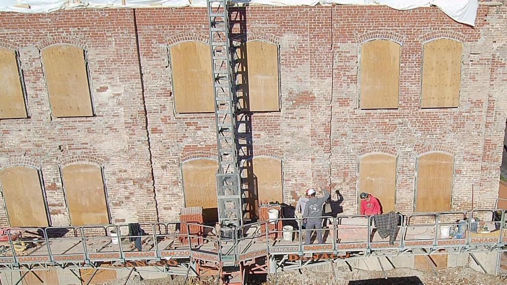 restauration de briques par nos briqueleurs qualifiés, Maçonnerie Signature de Québec