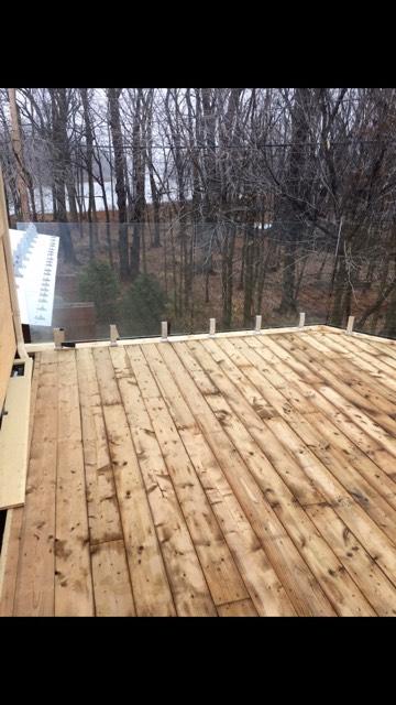 balustrade de terrasse sur spigots avec garde-corps en verre trempé 12 mm
